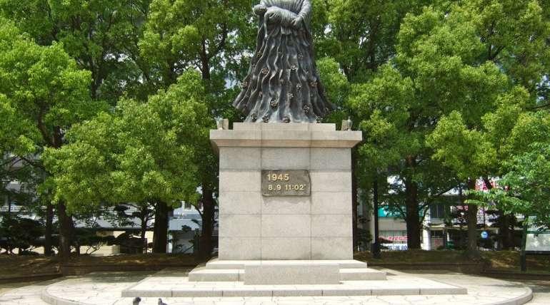 Nagasaki Ground Zero memorials
