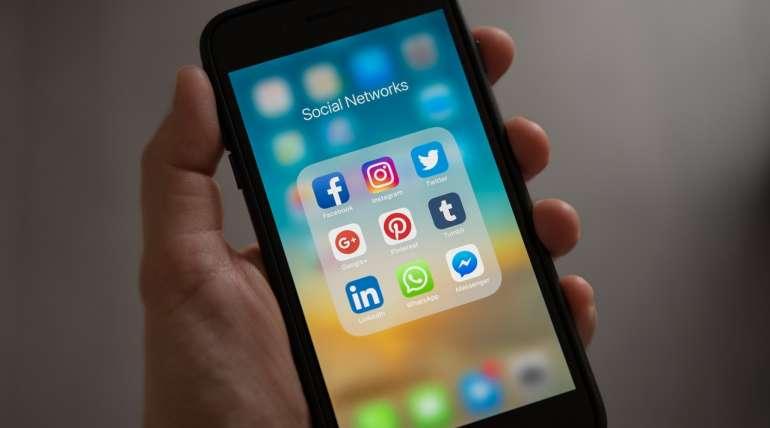 avoid social media posts